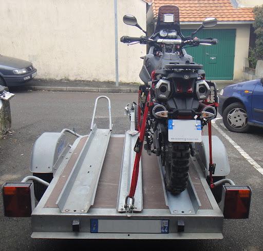 Avez vous un PORTE MOTO pour votre monture DSC00091