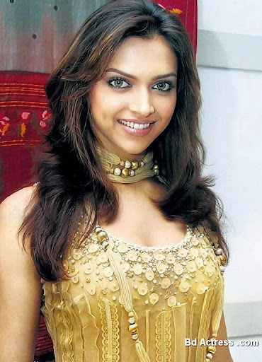 Bollywood Actress Deepika Padukone Photo-04