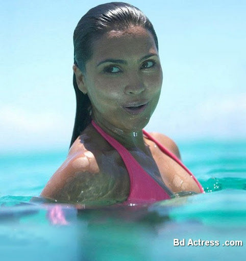 Bollywood Actress Lara Dutta Photo-03