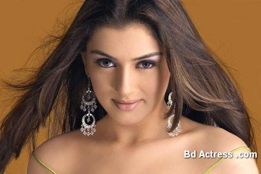 Bollywood Actress Hansika Photo-02