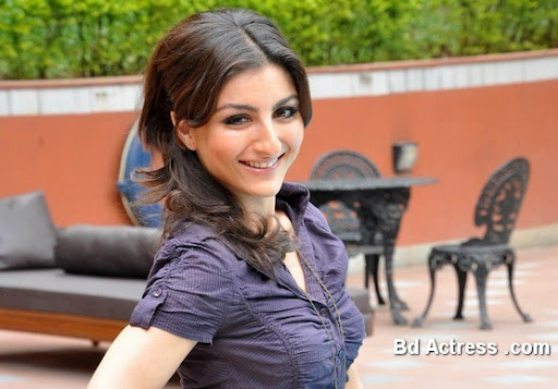 Bollywood Actress Soha Ali Khan Photo-03