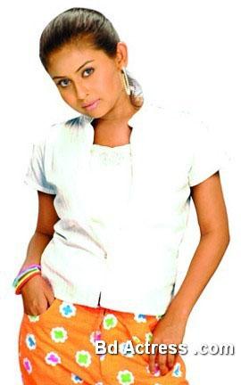 Chadni model photo