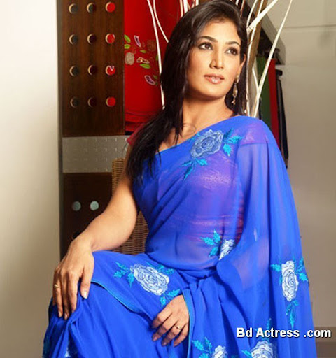Bangladeshi Model Sharmin Lucky in saree