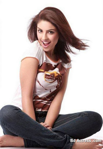 Indian Model Richa Gangopadhyay smile