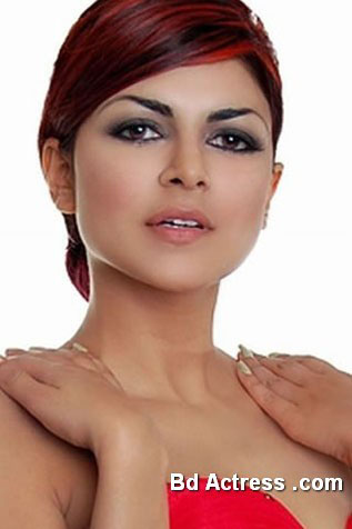 Pakistani Model Ayesha Gilani