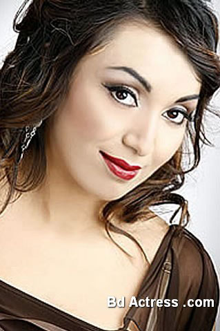 Pakistani Model Batool Cheema