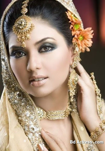Pakistani Model Sunita cute face