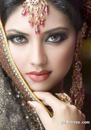 Pakistani Model Sunita beauty queen