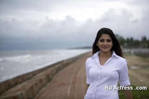 Bangladeshi Model Badhon