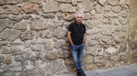 """Ángel M. Arqueros: """"La contradicción es algo inherente al ser humano"""""""