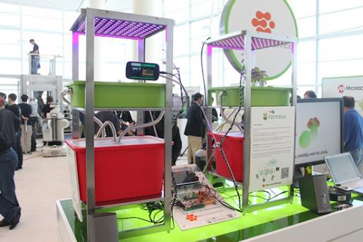 Farmbox memonitor pertumbuhan tanaman