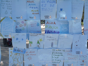 Photo: Mural del Agua en el Parque de Berlín, Asambleas Populares de Prosperidad y Chamartín Norte