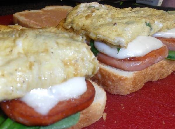 toast bread (optional) build your sammich:  spread tomato mayo on bread.  add...