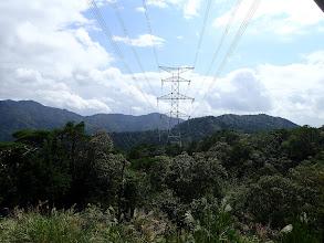 鉄塔の奥が東光寺山