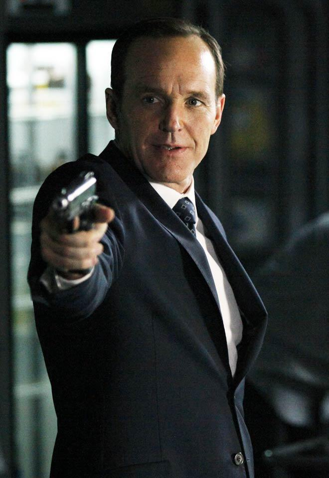 Agents of S.H.I.E.L.D.: Can Coulson Continue Being a Company Man? | TV Guide