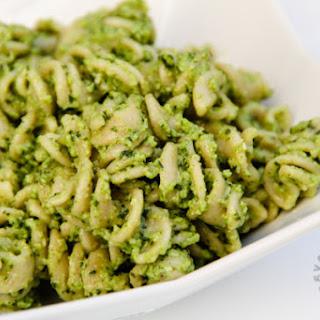 Broccoli Pesto (gluten-free, contains dairy)
