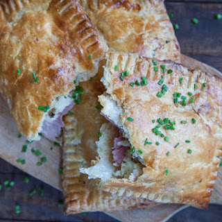 Handheld Ham and Cheese Pie.