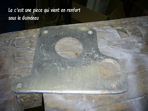 Photo: piece de renfort pour la fixation du guindeau
