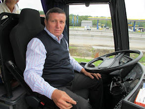 Photo: Rou1P11-151002Lucian, notre chauffeur durant tout le séjour IMG_8808