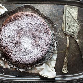 The Easiest Flourless Chocolate Cake.