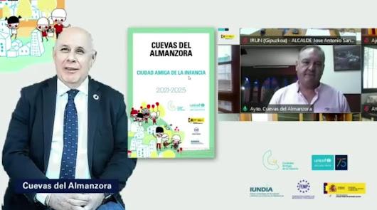 Cuevas ya es oficialmente una 'Ciudad Amiga de la Infancia'