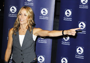 Photo: 10 Oct 2008, Los Angeles, California, USA --- Recording artist Sheryl Crow attends the GRAMMY Foundation's GRAMMY SoundChecks program prior to her benefit concert at The Wiltern Theater, in Los Angeles. --- Image by © Katy Winn/Corbis