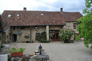 maison à Le Rousset (71)