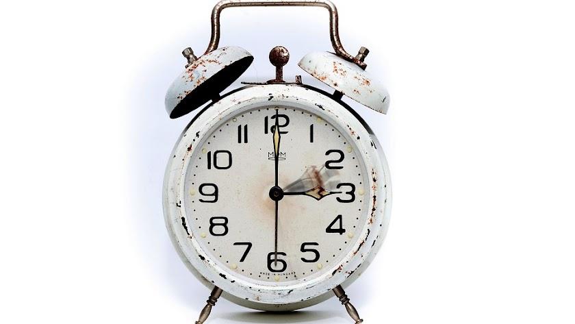 Este domingo hay que retrasar el reloj una hora.