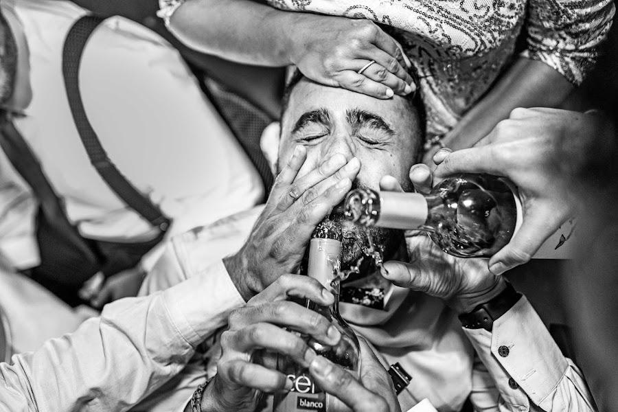 Wedding photographer Rafa Martell (fotoalpunto). Photo of 01.02.2017
