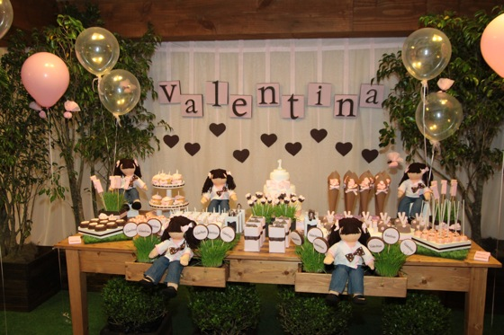 Valentina Dessert Table