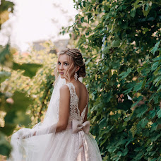 Wedding photographer Olga Nikolaeva (avrelkina). Photo of 24.07.2019