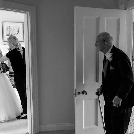 Wedding photographer Neil Redfern (neilredfern). Photo of 12.12.2017