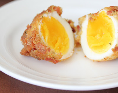 Bacon fried eggs (baconfied)