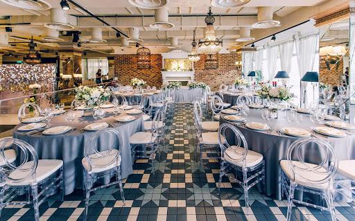 Банкетный зал «Ресторан «Гуси-Лебеди»» для свадьбы на природе