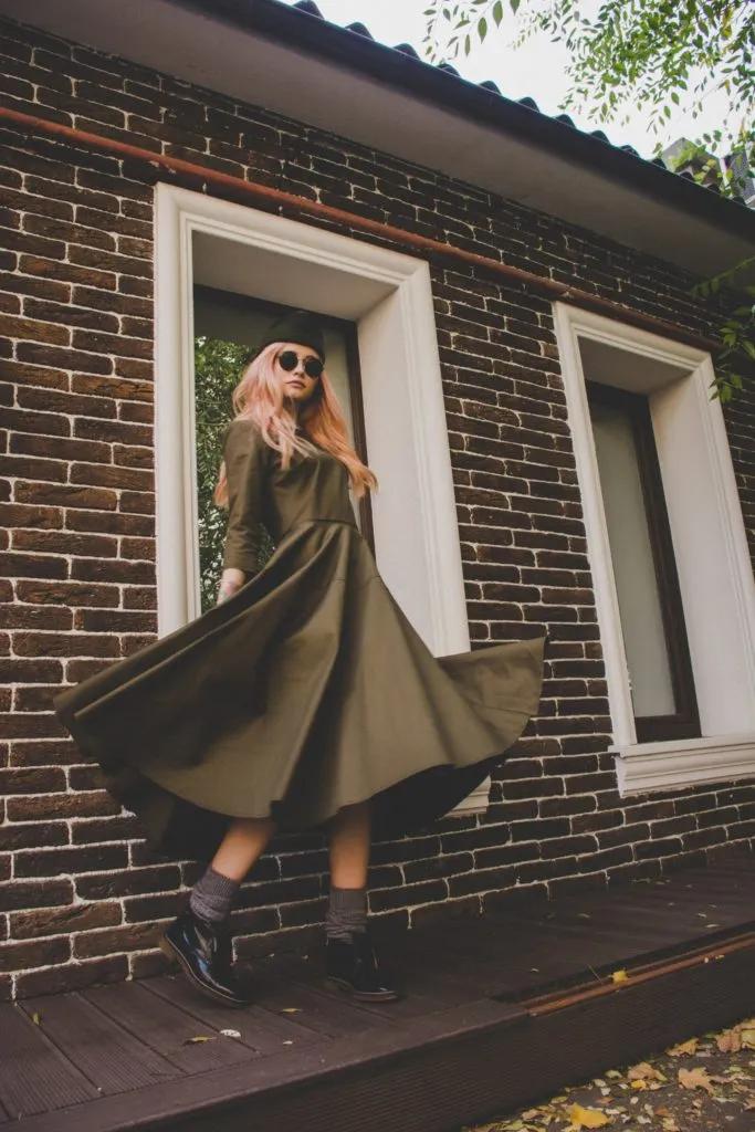 6. Olive Dress หรือชุดทรงมะกอก