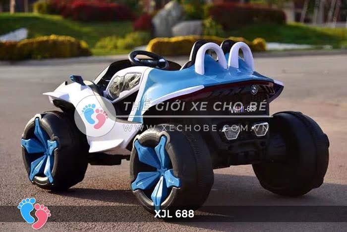 Xe ô tô điện địa hình cho bé XJL-688 24
