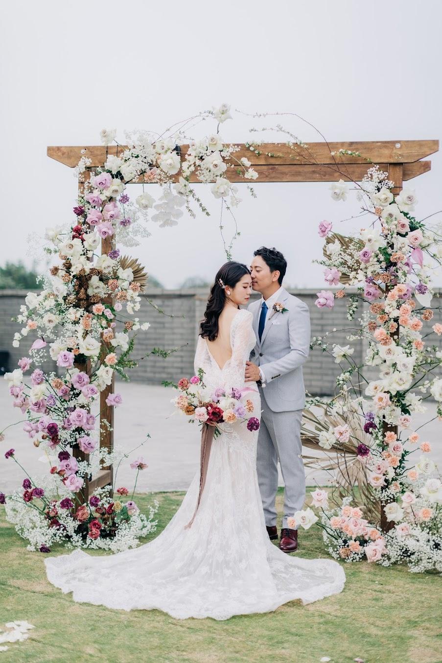 在自家草皮舉行美式的婚禮派對,當然要配AG婚攝 !