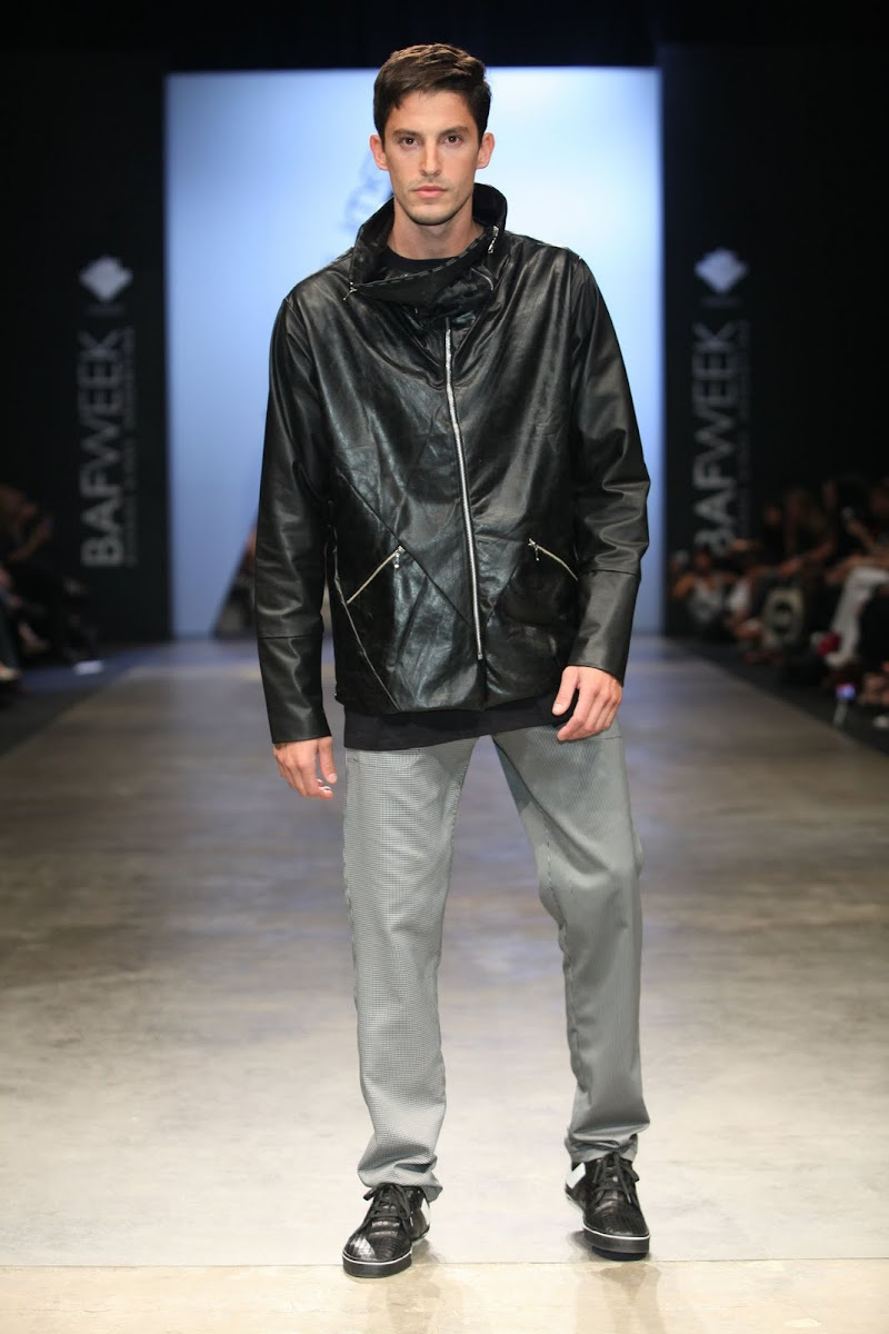 Kostüme by Camila Milessi and Emiliano Blanco [men's fashion]