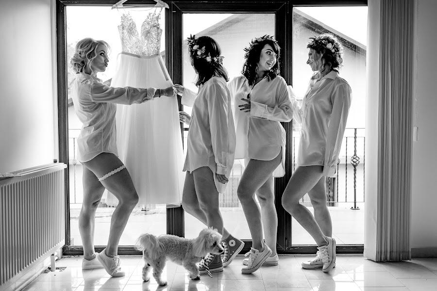 Wedding photographer Claudiu Negrea (claudiunegrea). Photo of 04.07.2018