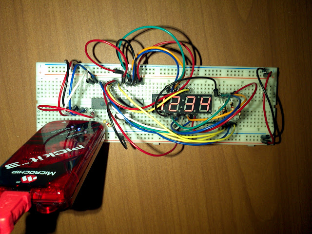PIC18F252 and 4-digit 7-segment LED