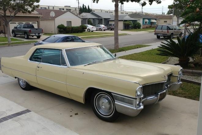1965 Cadillac Coupe Deville Hire CA
