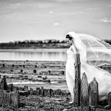 Wedding photographer Evgeniy Sidelnikov (MirKiLL). Photo of 03.04.2015