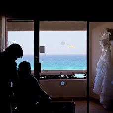 Wedding photographer Hipolito Flores (hipolitoflores). Photo of 03.11.2015