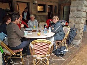 Photo: Spicheren, à l'abri de la pluie au restaurant Woll