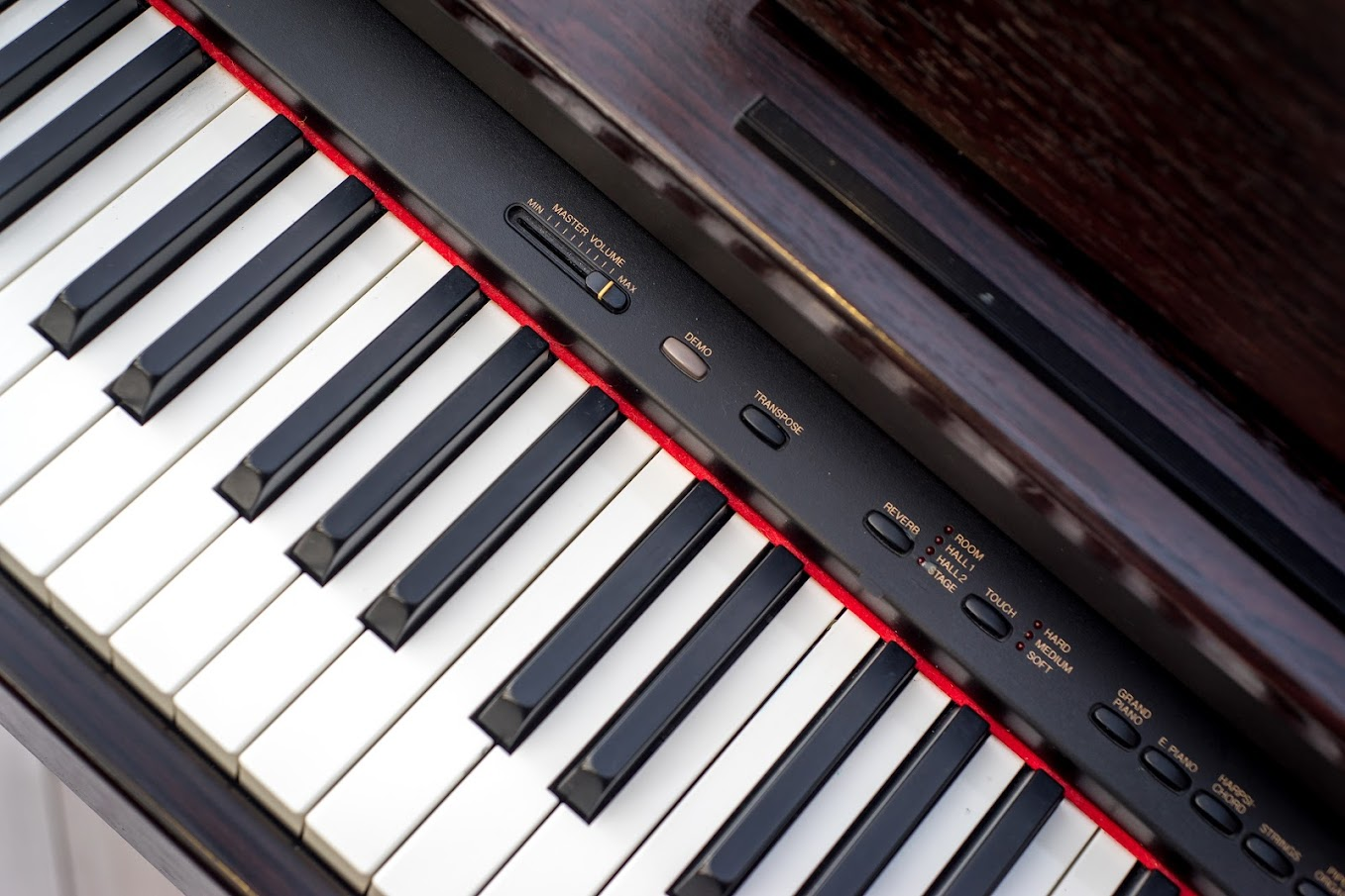 Yamaha arius digital full size piano 88 notes keys gh for Yamaha full size keyboard with 88 keys