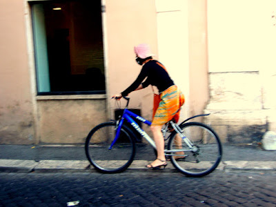 Cycling in Polluted Rome