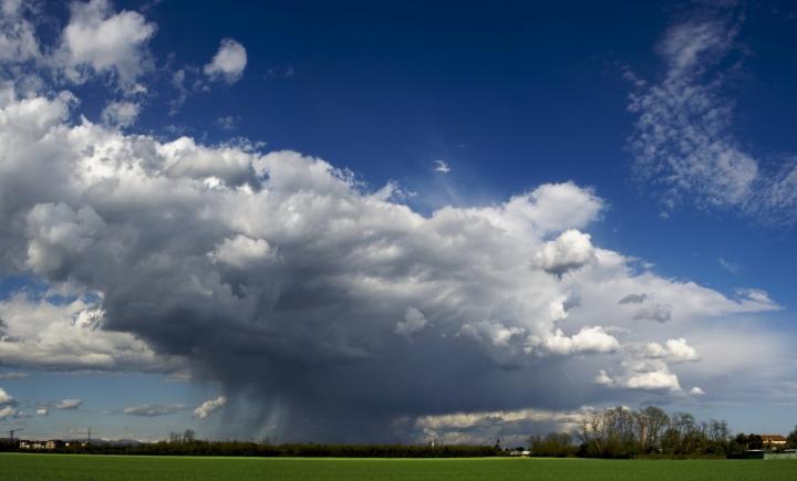 La nuvola di fantozzi di canebisca