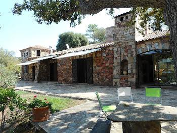 propriété à Sainte lucie de porto vecchio (2A)