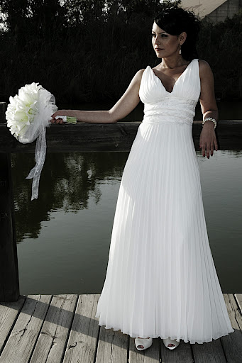 halter-wedding-gowns