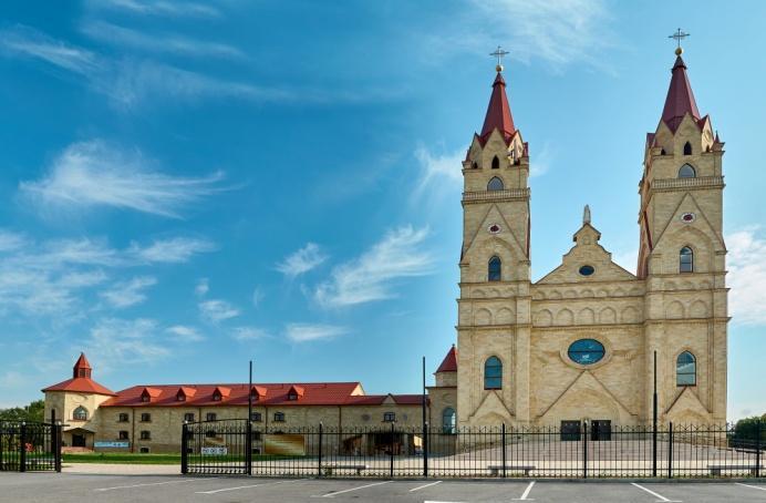 http://3d-maps.kz/files/198/photos/198-1512925925-katolik.jpg